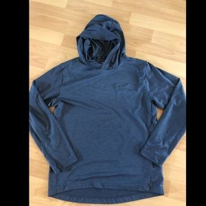 Nike dri-fit hooded long sleeve tee Youth boys XL